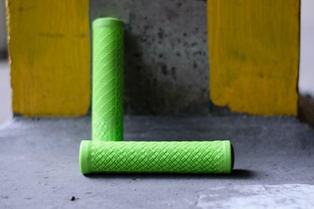 Green Lizard Skins Charger Evo grip