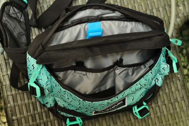 View into the interior of the Dakine Hot Laps bag