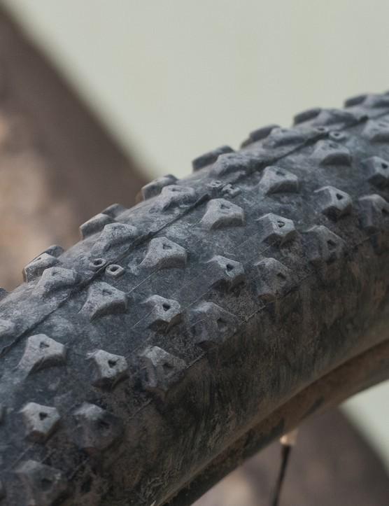 mountain bike tyre tread