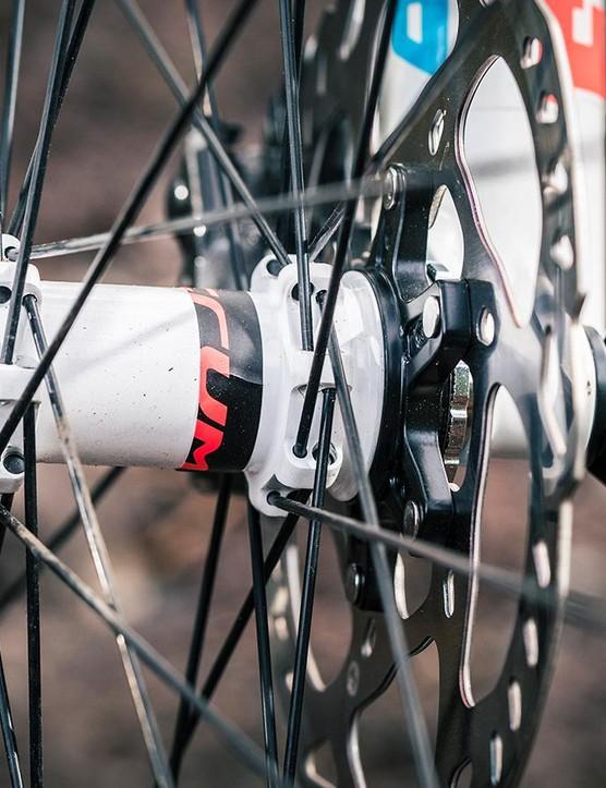 Shimano XT hydraulic disc brakes
