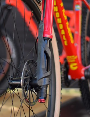 carbon protection for lefty ocho fork