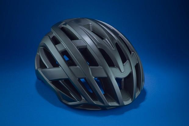 Road cycle helmet