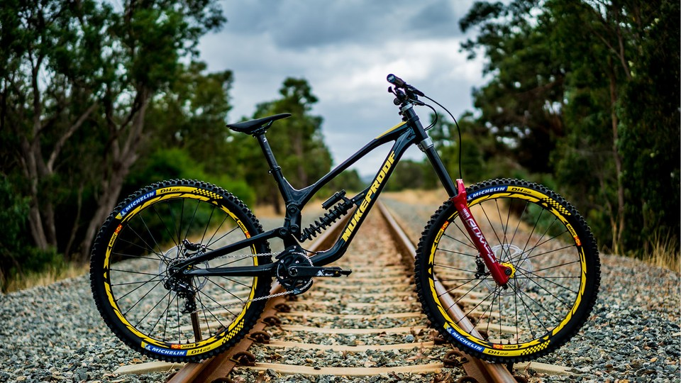 48f2efec14f Nukeproof Dissent downhill bike | specs, details, pricing and pics ...