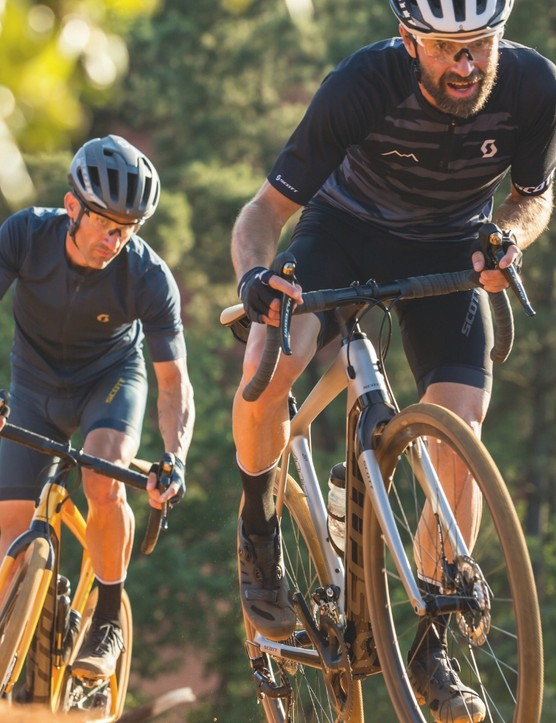 Scott Sports gravel riding duo