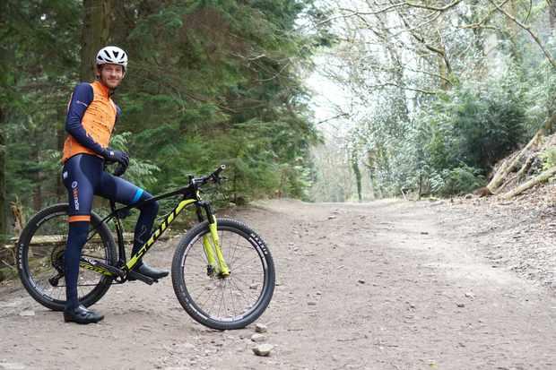 Joe sitting on Scott Scale 900 XC mountain bike