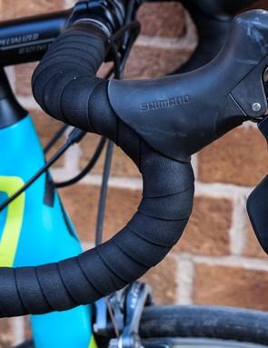Shimano Ultegra leavers on blue road bike