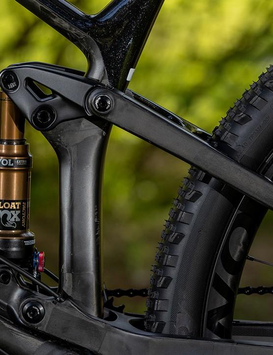 mountain bike rear shock travel