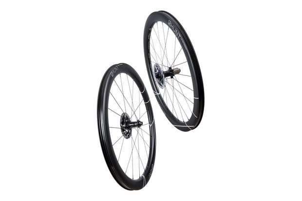 Hunt Limitless 48 aero disc wheelset in studio