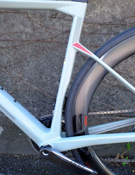 seat tube cutout to keep rear wheel tucked in
