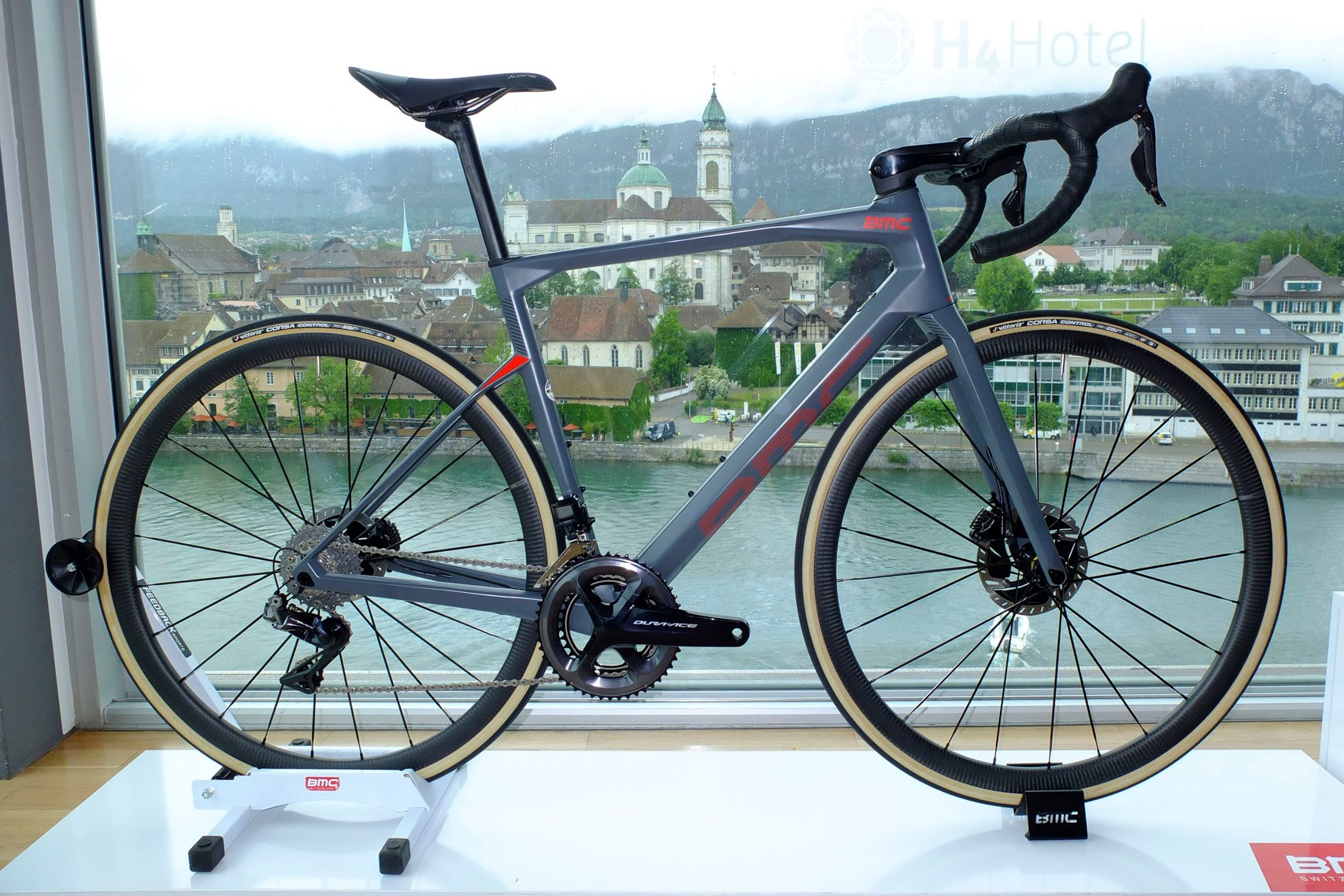 3f332f2bb01 BMC Roadmachine 2020 launched | All new version of disc endurance ...