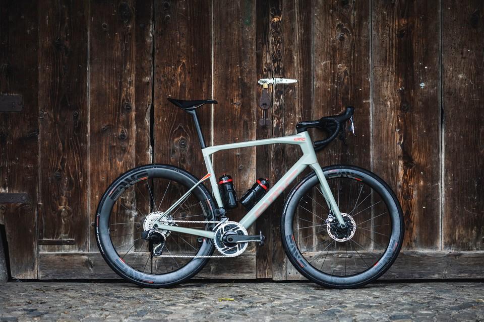 Best Road Bikes 2020.Bmc Roadmachine 01 One First Ride Review Road Bikes
