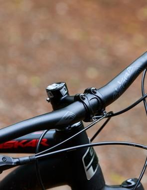 Bar and stem on GT Zaskar Alloy Comp hardtail mountain bike
