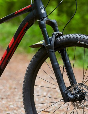 Fork on GT Zaskar Alloy Comp hardtail mountain bike