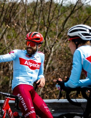 3 cyclists having a break