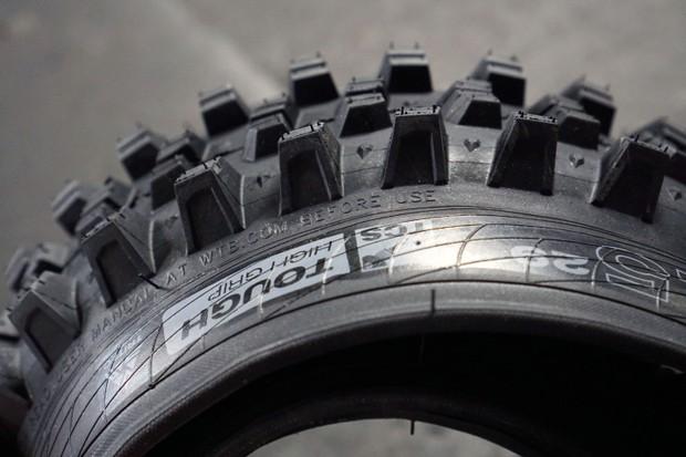 WTB Verdict Wet 2.5 tyre tread side view