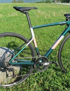 green women's cannondale supersix evo road bike