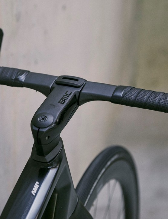 intergrated stem on road e-bike