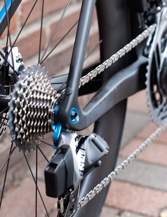 disc brakes and rear mech on road bike