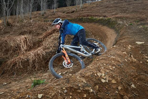 Cyclist riding Radon Swoop 170 10.0