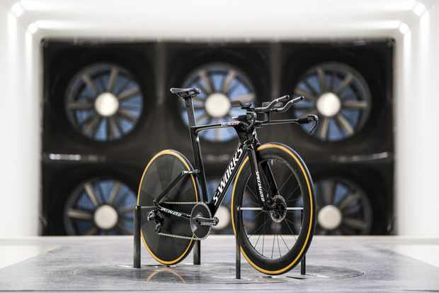 Specialized S-Works Shiv TT Disc in the wind tunnel