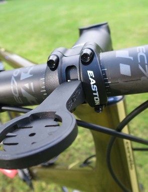 Easton EA90 stem with integrated Garmin mount on gravel bike