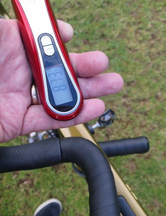 scales showing weight of gravel bike