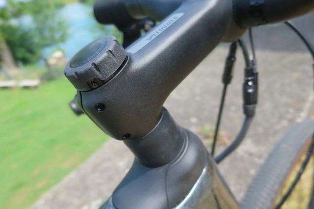 FutureShock stem on road e-bike