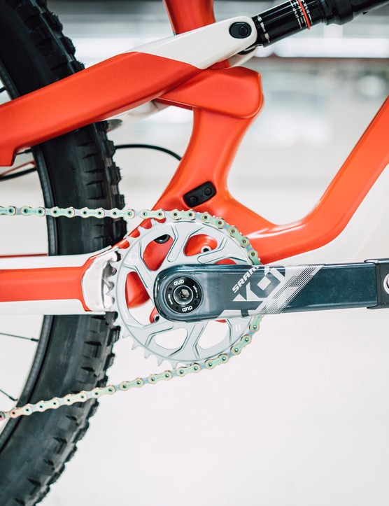 Lightweight, neat and badass with SRAM X01 cranks