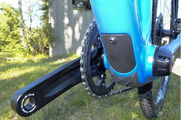 Devinci Hatchet down tube access
