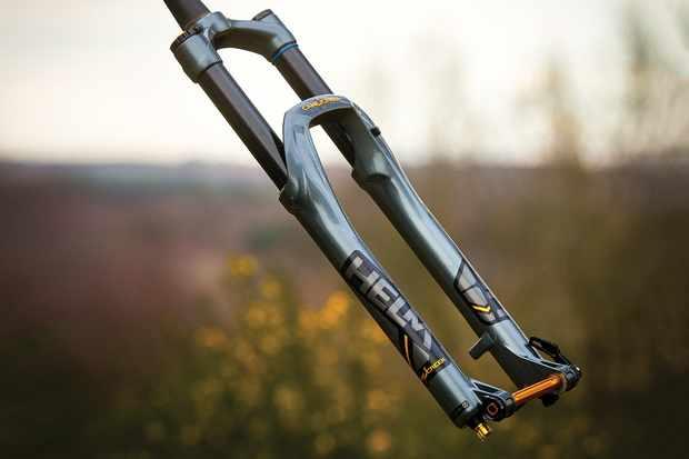 Cane Creek Helm Air suspension fork for mountain bike