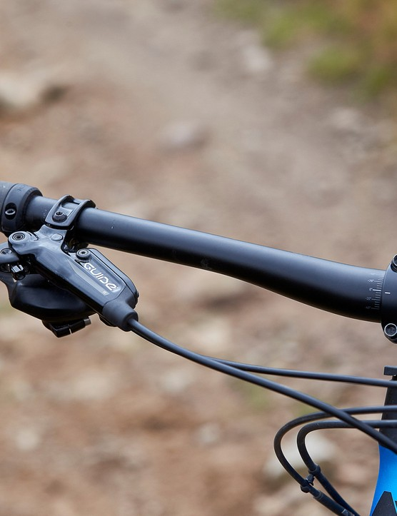 canyon bar on full suspension mountain bike