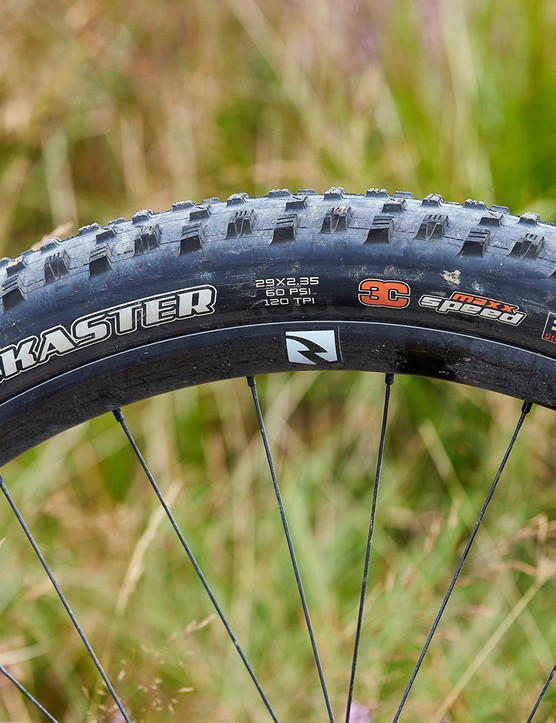 maxxis tyre on blue canyon full suspension mountain bike