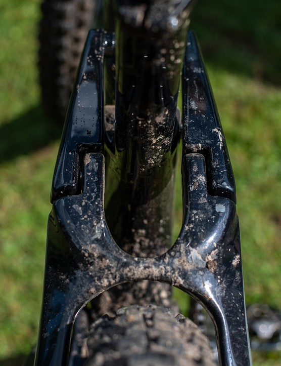 linkage on black devinci django full suspension mountain bike