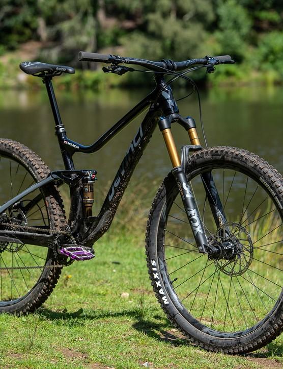 black devinci django full suspension mountain bike