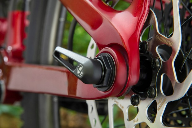 Trek Fuel EX mountain bike Active Breaking Pivot suspension