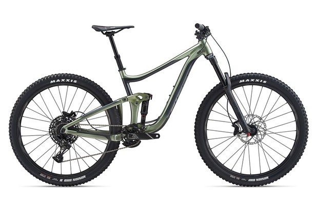 The Reign 29 has the same geometry as the Advanced Pro, but with an aluminium frame