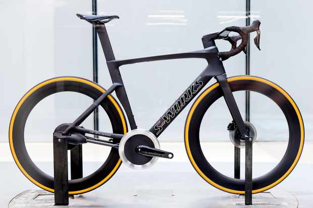 Aero bike with concept chainless drivetrain in wind tunnel