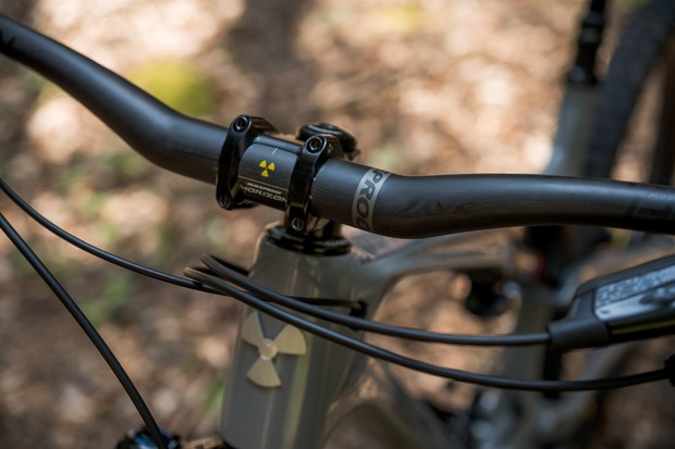 Nukeproof Reactor 275 RS mountain bike