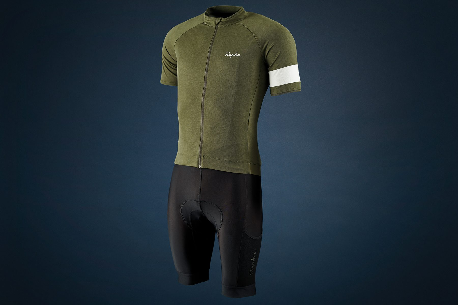 Rapha Core jersey and Cargo bib shorts review - Jersey and Bib ...