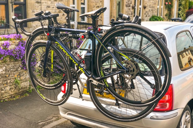Thule FreeWay 3 boot-mounted bike rack loaded with two road bikes