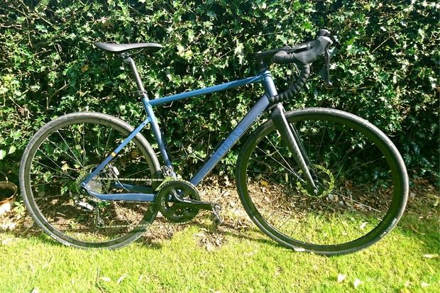 Triban RC 520 Disc road bike