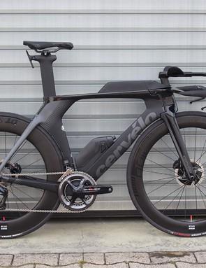 black cervelo p5 TT bike