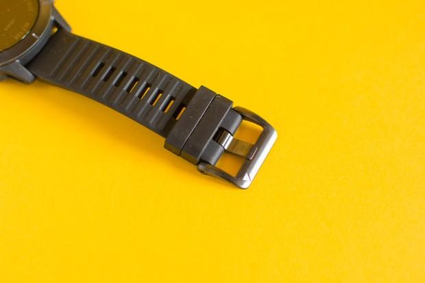Garmin Fenix 6 strap and buckle