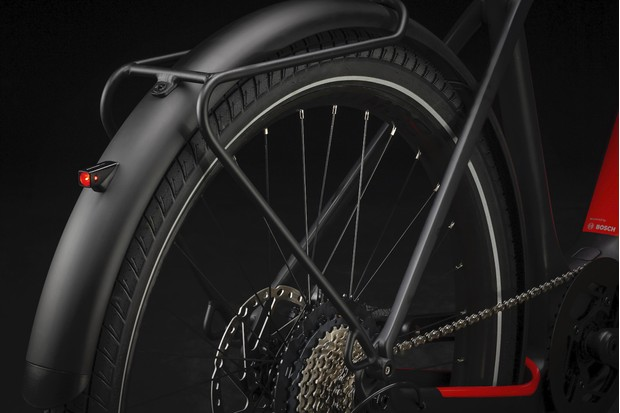 Integrated fenders and lights on the Trek Allant+