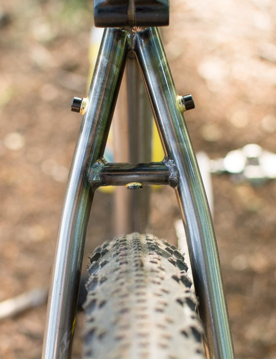 Tyre clearance on steel MTB
