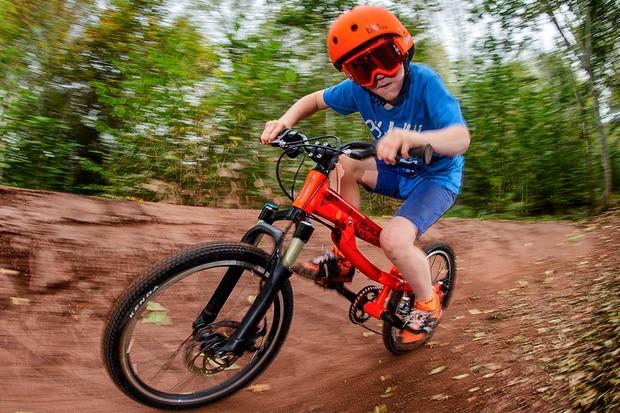 Black Mountain Hutto kid's bike