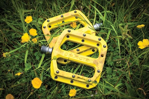 Burgtec MK4 Composite flat pedals