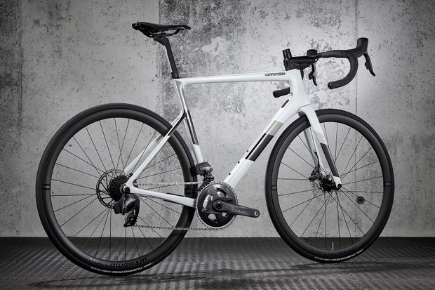 Cannondale SuperSix EVO Carbon Force AXS