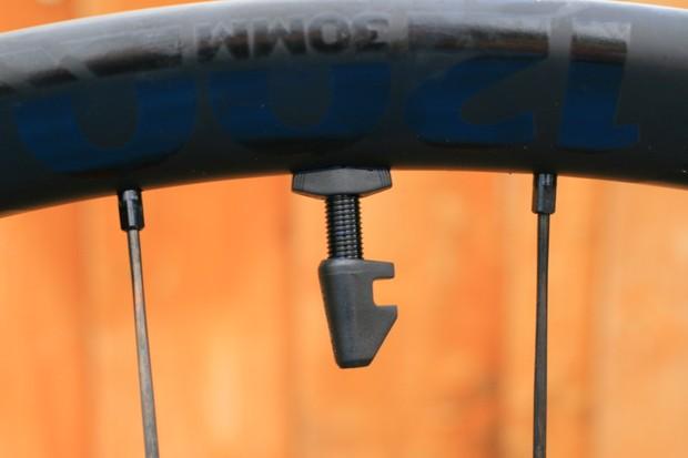 DT Swiss EXC1200 valve