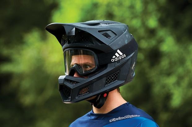 Fox Rampage Pro Carbon full-face helmet for mountain biking